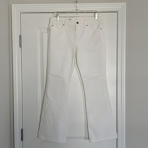Gap sexy boot white jeans size 29/8a